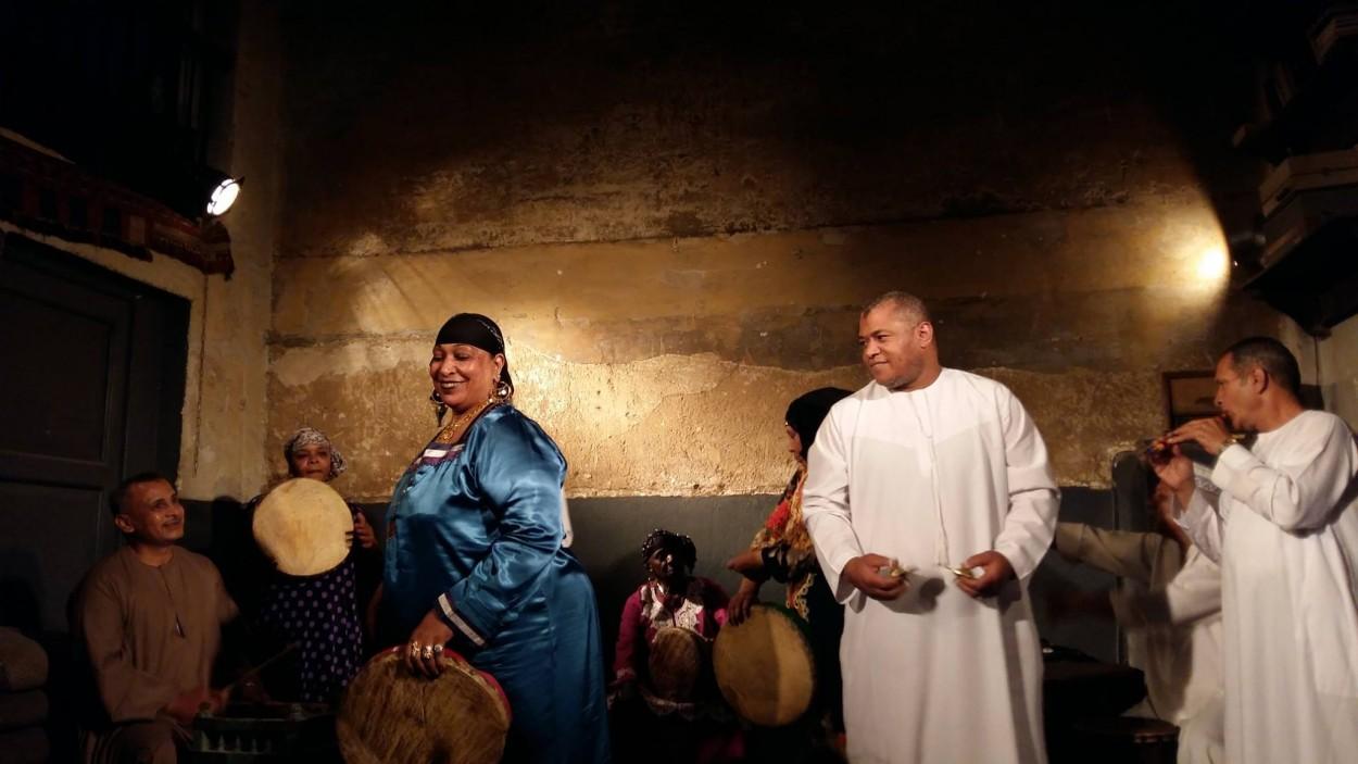 أم سامح رئيسة فرقة مزاهر لغناء الزار
